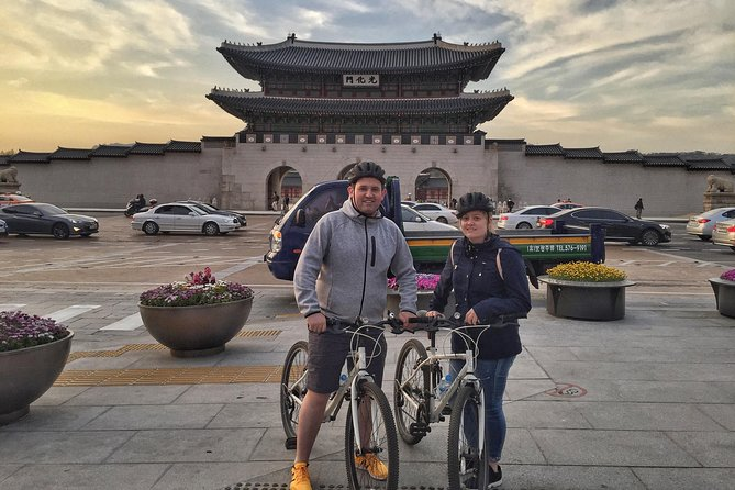 Seoul Bike Tour: Secret Sites and Hidden Gems