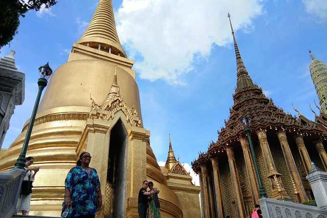 Bangkok Tour : Explore historical places with your private guide