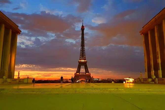 Private, driver guide tour of Paris most celebrated monuments