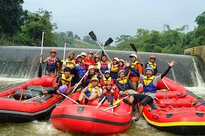 Paragliding , Rafnting And Bogor City Tour