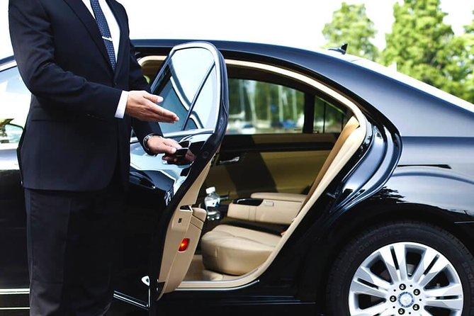 Private Transfer from Athens Airport to Piraeus port by Air-Conditioned vehicle