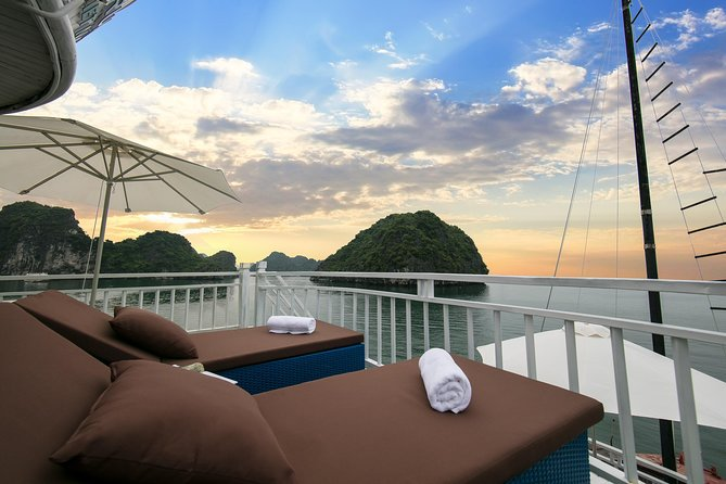 Halong Bay 2 days - Flamingo Cruises 4 Star - with Hanoi Pickup and Drop-off