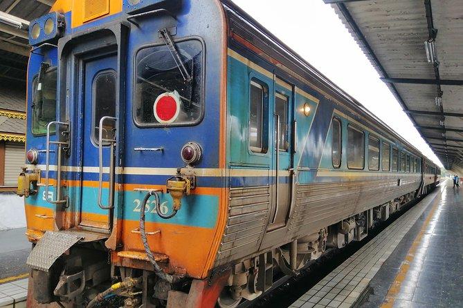 Lampang Tour by Train