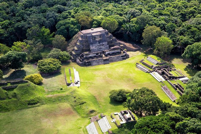 Half-Day Guided Tour to Altun Ha Mayan Ruin and Belize City