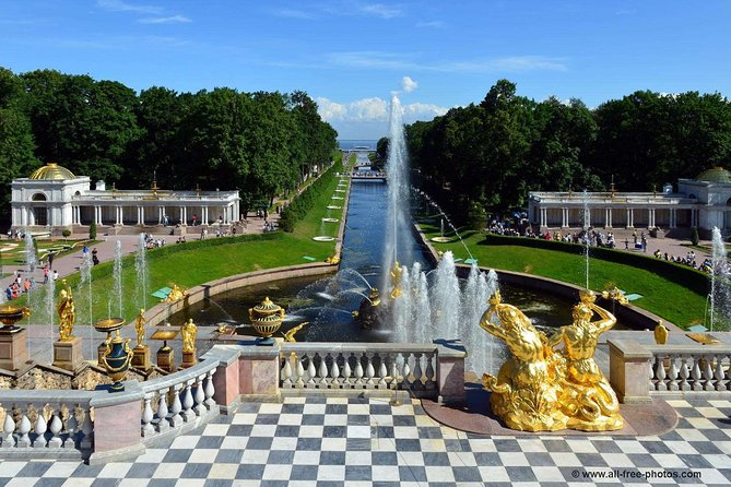 Day-Trip to Catherine Palace and Peterhof with Hydrofoil Ride