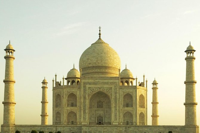 One Day AGRA Sightseeing Experience