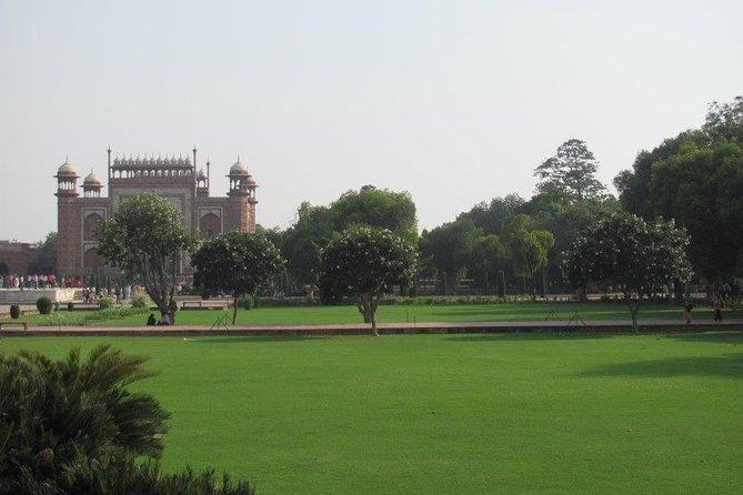 - Agra, INDIA