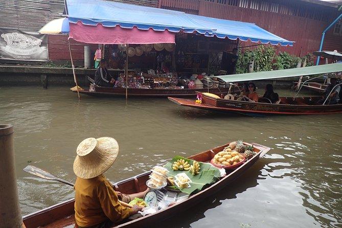 Damnoen Saduak & Train Market