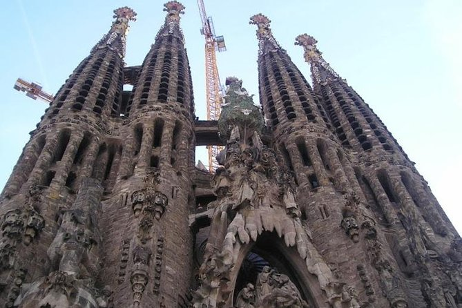 Barcelona Highlights Tour (4 Hours)