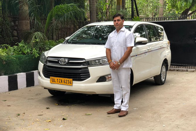 Arrival Transfer from Delhi Airport and Railway Station