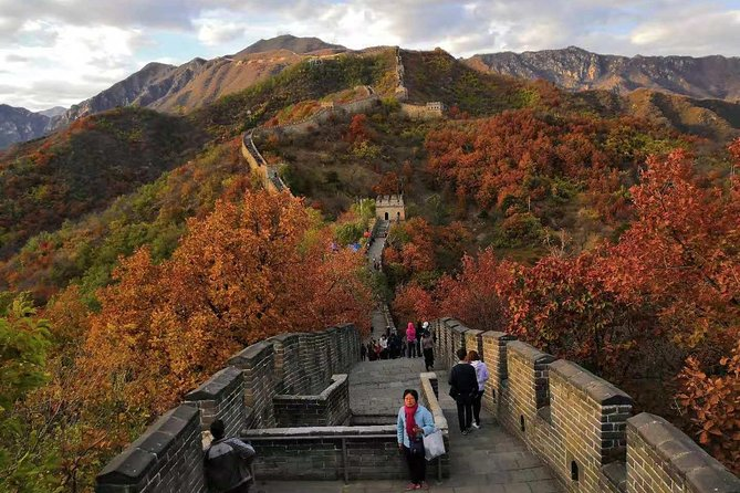 Private trip to Mutianyu Great Wall with Speaking English Driver