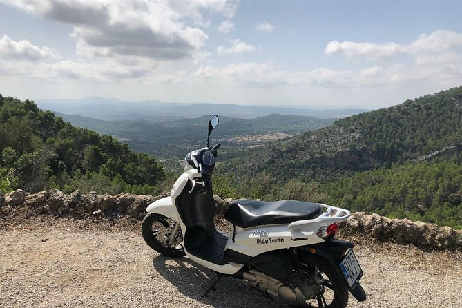 Rent scooter in Mallorca with Misterscooter