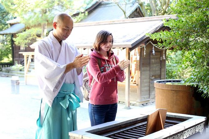 Learn About Shintoism with a Priest and Shrine Maiden in Odawara photo 1