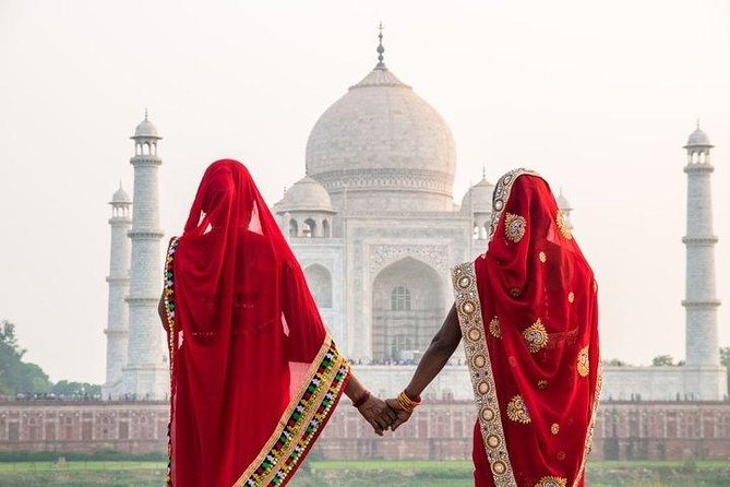 Delhi-Agra Instagram tour with hotel stay