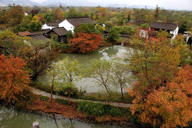 Half-Day Hangzhou Xixi Wetland Park Private Tour with Boat Ride photo 1
