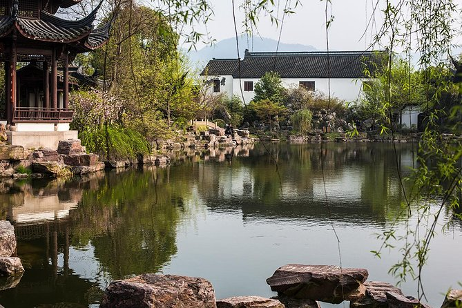Half-Day Hangzhou Xixi Wetland Park Private Tour with Boat Ride photo 2