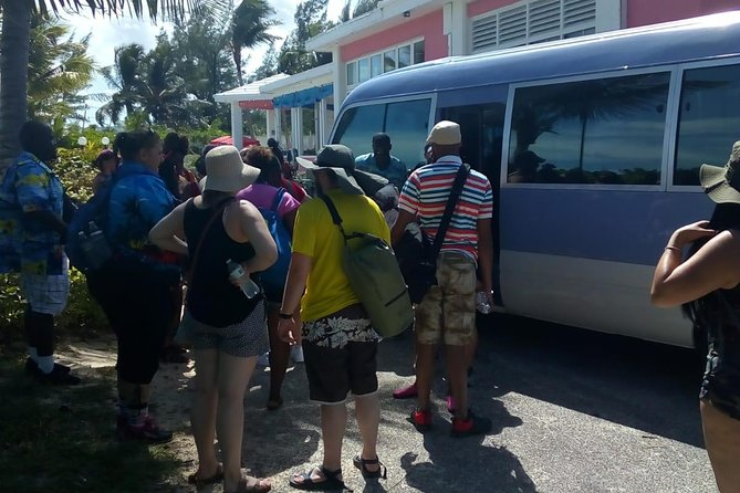 Shared Airport Roundtrip Shuttle