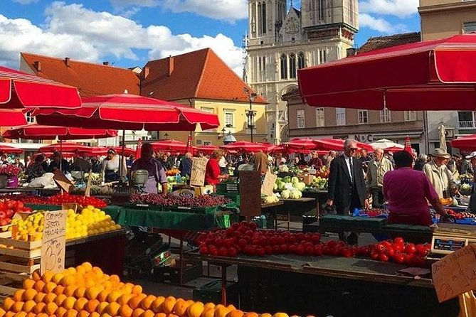 Zagreb walking tour with food tasting