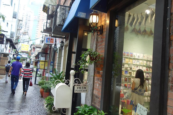 Private: Romantic Shanghai French Concession Walking Tour photo 2