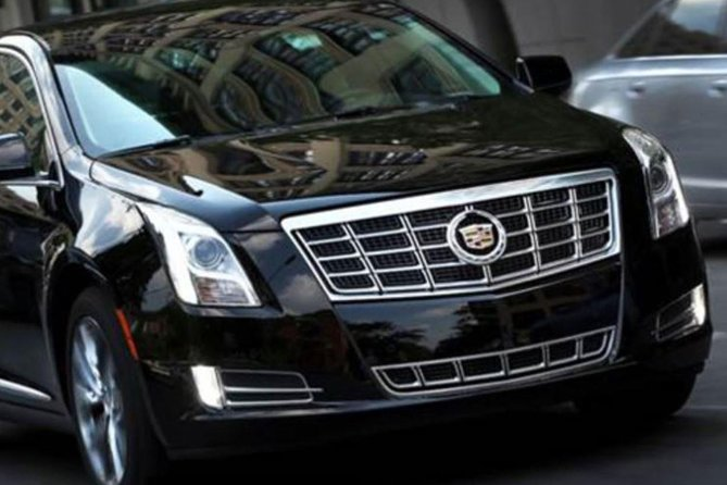 Private Roundtrip Transfer: New York Airports and Manhattan Hotels