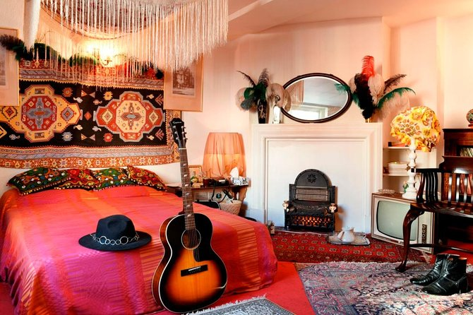 Guided Tour of Jimi Hendrix's London Flat