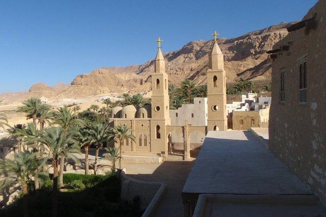 Besuch der Klöster am Roten Meer - Hurghada