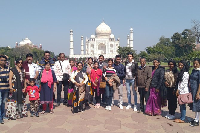 1 Day Group Tour by Bus to Taj Mahal, Agra Fort, Mathura & Vrindavan from Delhi