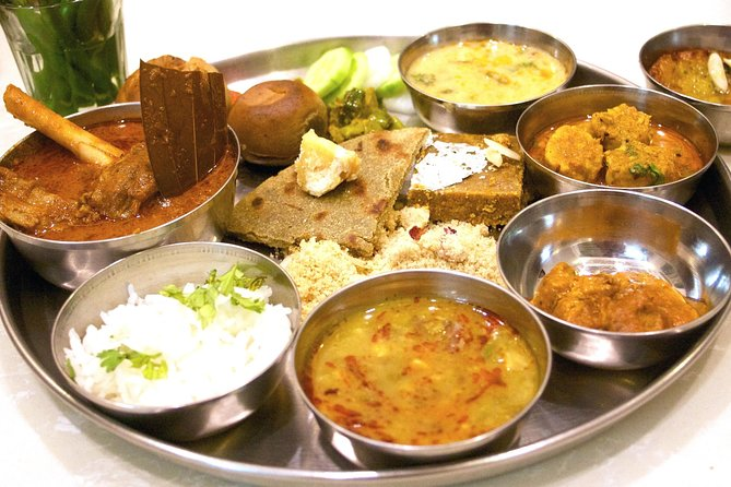 Traditional Rajasthani Cooking and Dining Experience with a Local Family