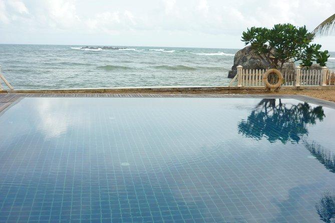 Ahangama infinity pool