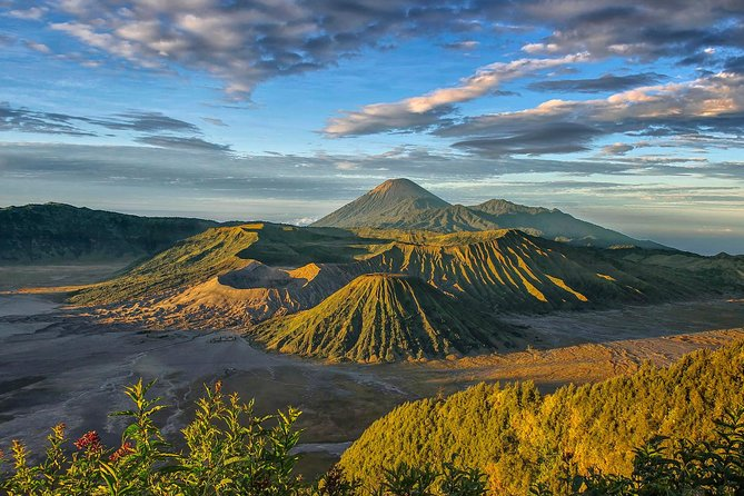 East Java Tours with Bromo Photography, Ijen Blue Fire and Waterfall