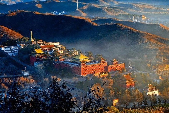 Beijing Transfer Service: Jinshanling Great Wall and Chengde Summer Resort