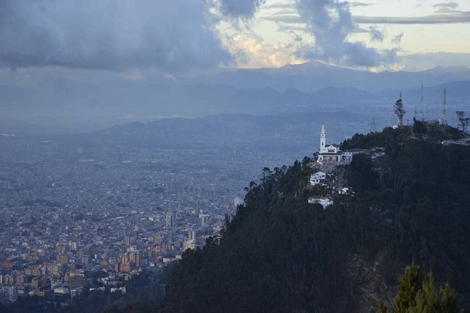 Private Monserrate Tour Including Lunch photo 6