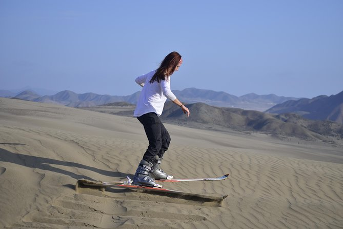 Sandskiing and off road in Lima