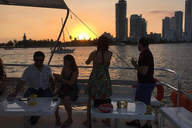 Rent your Catamaran for a ride in the Bay of Cartagena