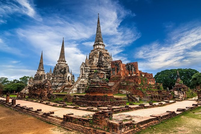 Ancient Temples of Ayutthaya, River Cruise with Lunch