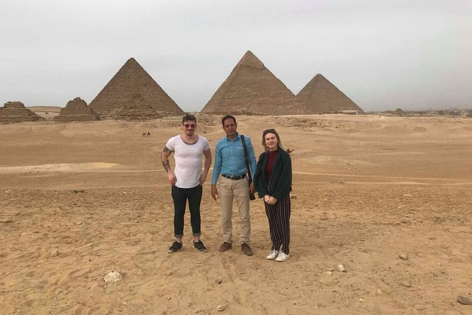 Giza Pyramids & Sphinx and Egyptian museum Full day Guided Tour photo 12