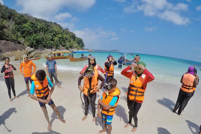 Perhentian Island Free & Easy with Two Snorkeling Trips 3D2N
