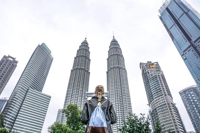 Petronas Twin Towers Admission Tickets (with City Tour-day or night)