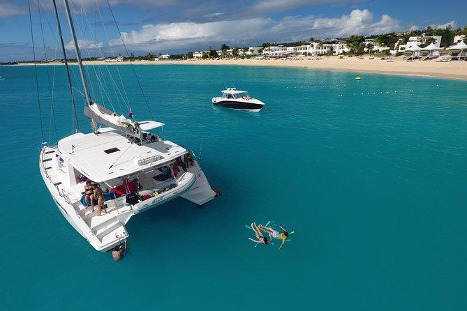 St Maarten Luxury Catamaran Full-Day Group Charter SXM Tour