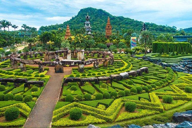 Bangkok and Pattaya Land and Sea Tour with Sightseeing
