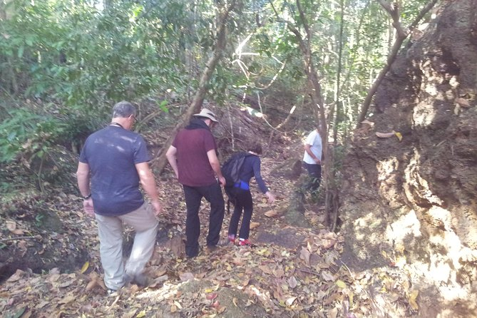Private One Day Exploration at Thousands of Linga, Kbal Spean and Lady Temple