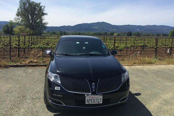 Private Sedan(up to 4 pass.) Transportation from SFO to Napa