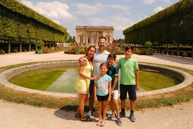Versailles, Gardens & Petit Trianon - Priority Access - private tour