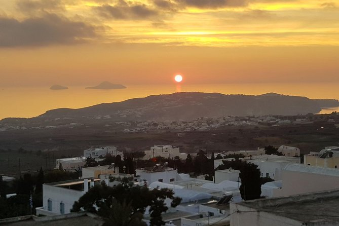 Sunset in Pyrgos - Small Group Tour in Santorini