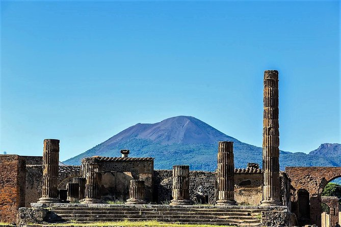 Full-Day Pompeii - Vesuvius - Winery Lunch Experience Private Tour