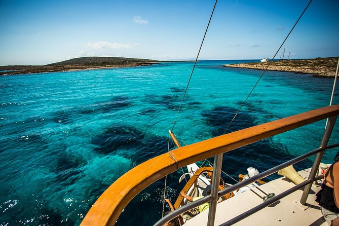 Round of Antiparos & Despotiko with traditional boat