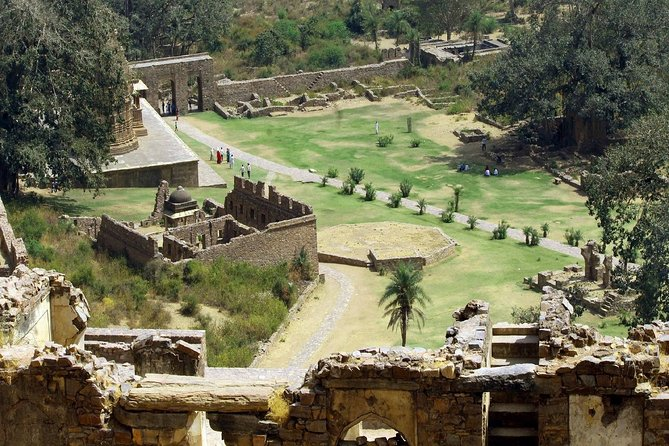 Day Trip to Abhaneri and Huanted Bhangarh (Guided Sightseeing Tour)