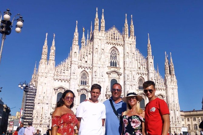Milan Must-See Sites Guided Tour with Skip-the Line Tickets to Duomo & Cathedral