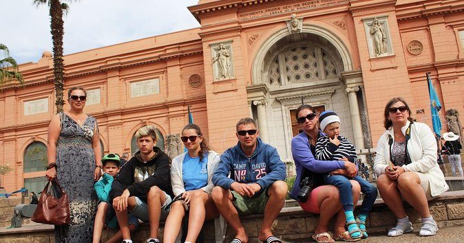 Cairo Layover Tour to Giza Pyramids Sphinx,Camel Ride,Lunch& the Egyptian Museum
