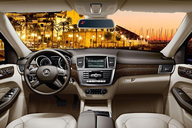 Barcelona Private Transfer from Barcelona Airport to Sitges